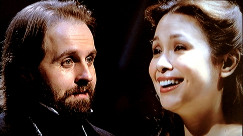 Fantine and Valjean (Alfie Boe & Lea Salonga) Les Miserables