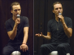Jonathan Jackson answering questions at his fan event