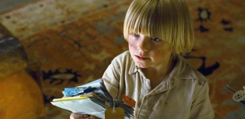 Oscar Steer as Vincent
