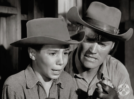 Johnny Crawford (Mark McCain) & Chuck Connors (Lucas) in The Rifleman